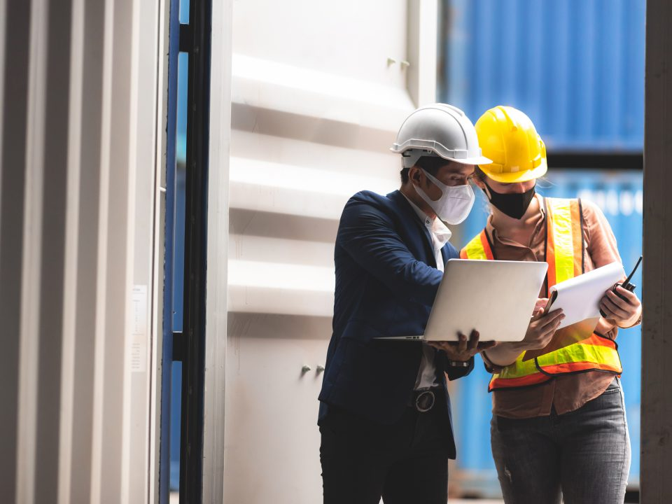 reasons you need a construction storage container on your jobsite